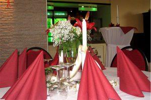 Feierlich gedeckter Tisch ©Drewer und Scheer GmbH